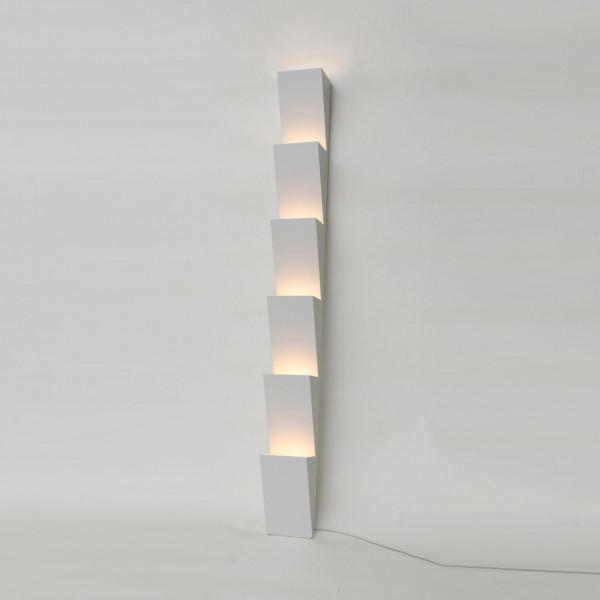 STEPS FLOOR LIGHT by Atelier Areti
