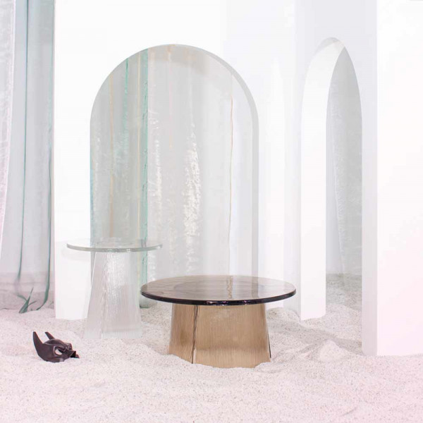 BENT SIDE TABLE by Pulpo