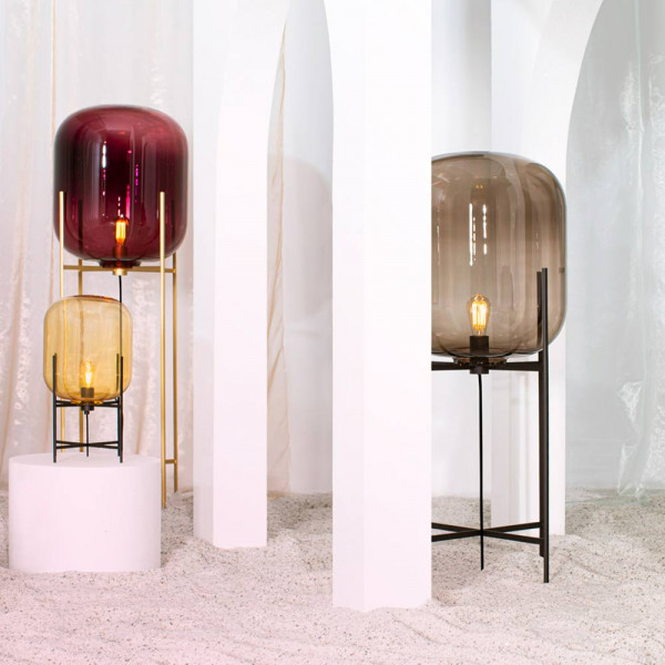 ODA TABLE LAMP by Pulpo