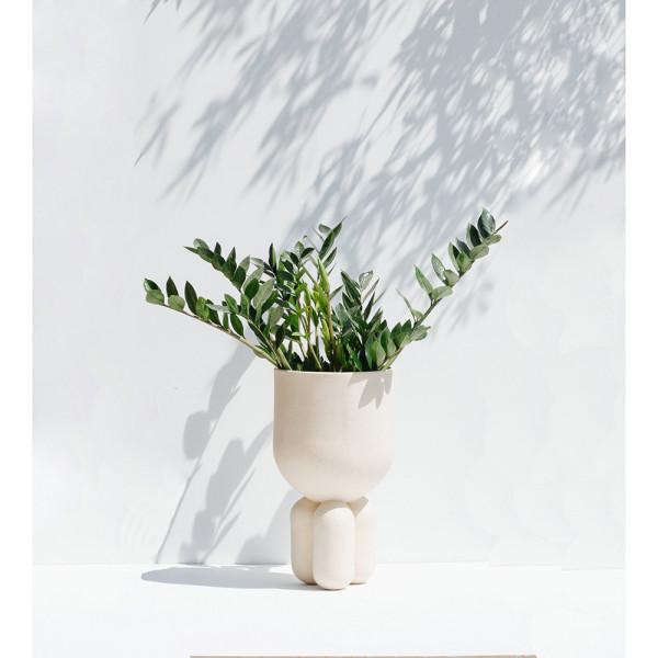 MOOR PLANTER by Lisa Allegra