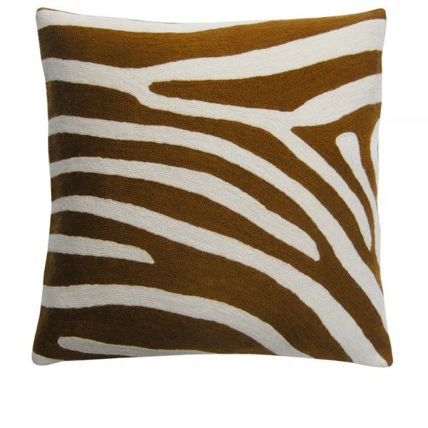 AKIM CUSHION by Lindell & Co