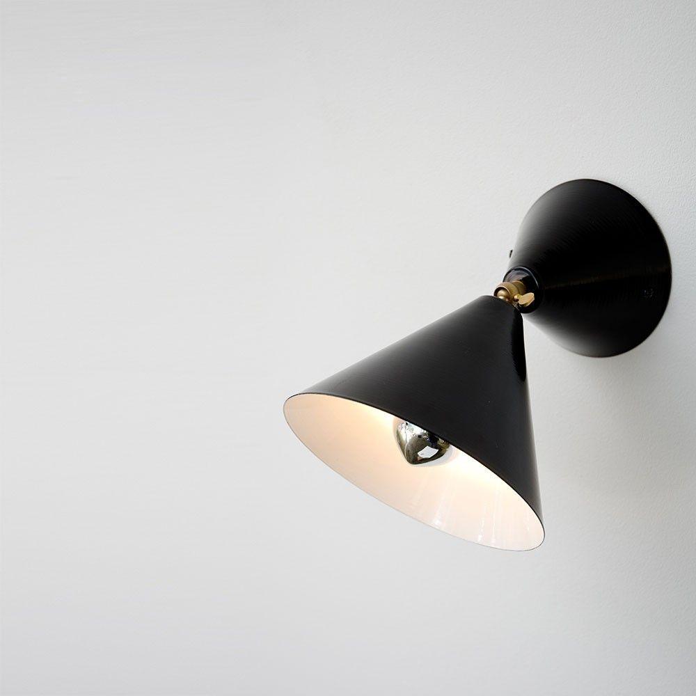 applique cone noire