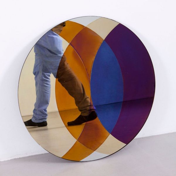 TRANSIENCE CIRCLE MIRROR by Lex Pott & David Derksen