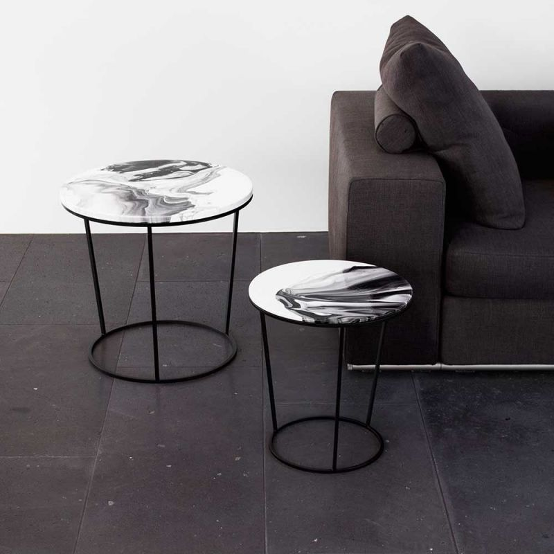 Chiara side table in a sitting room by Elisa strozyk for Pulpo