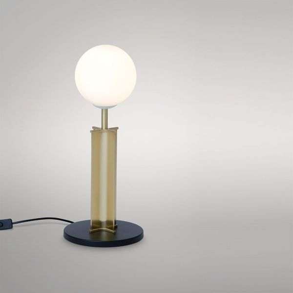 lampe de table column fond gris