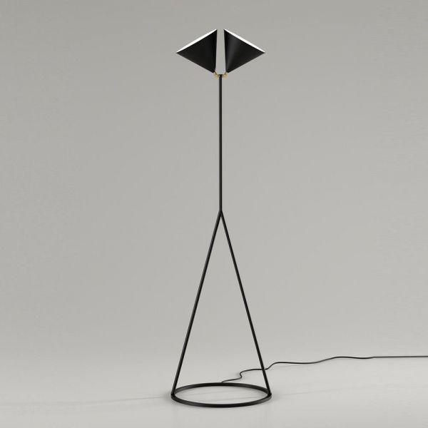deux floor lamp black background  by atelier areti