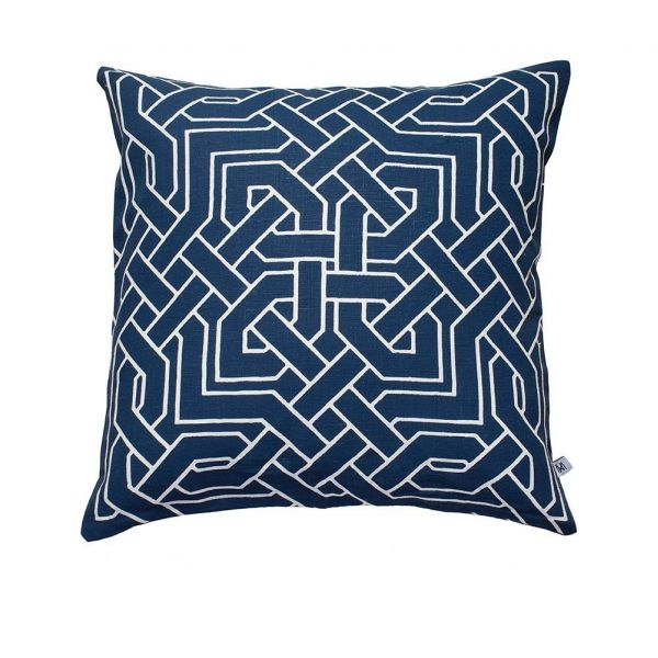 istanbul cushion white background by nina kullberg
