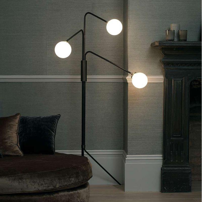 lampadaire array dans une salle by CTO lighting