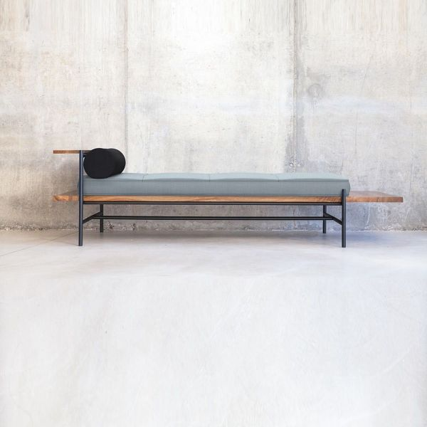 MARIANO DAYBED by Versant Edition