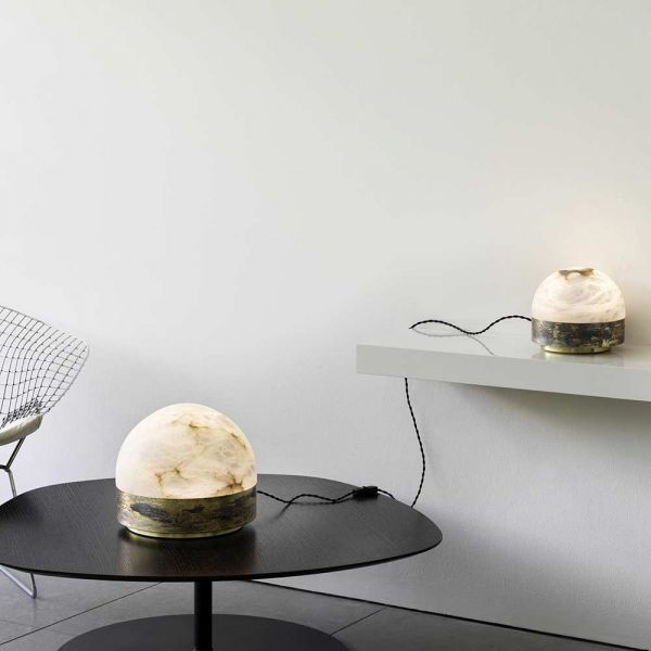 lamp de table lucid mise en scene