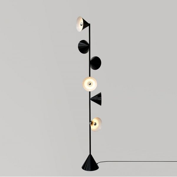 Vertical 1 floor light Atelier Areti