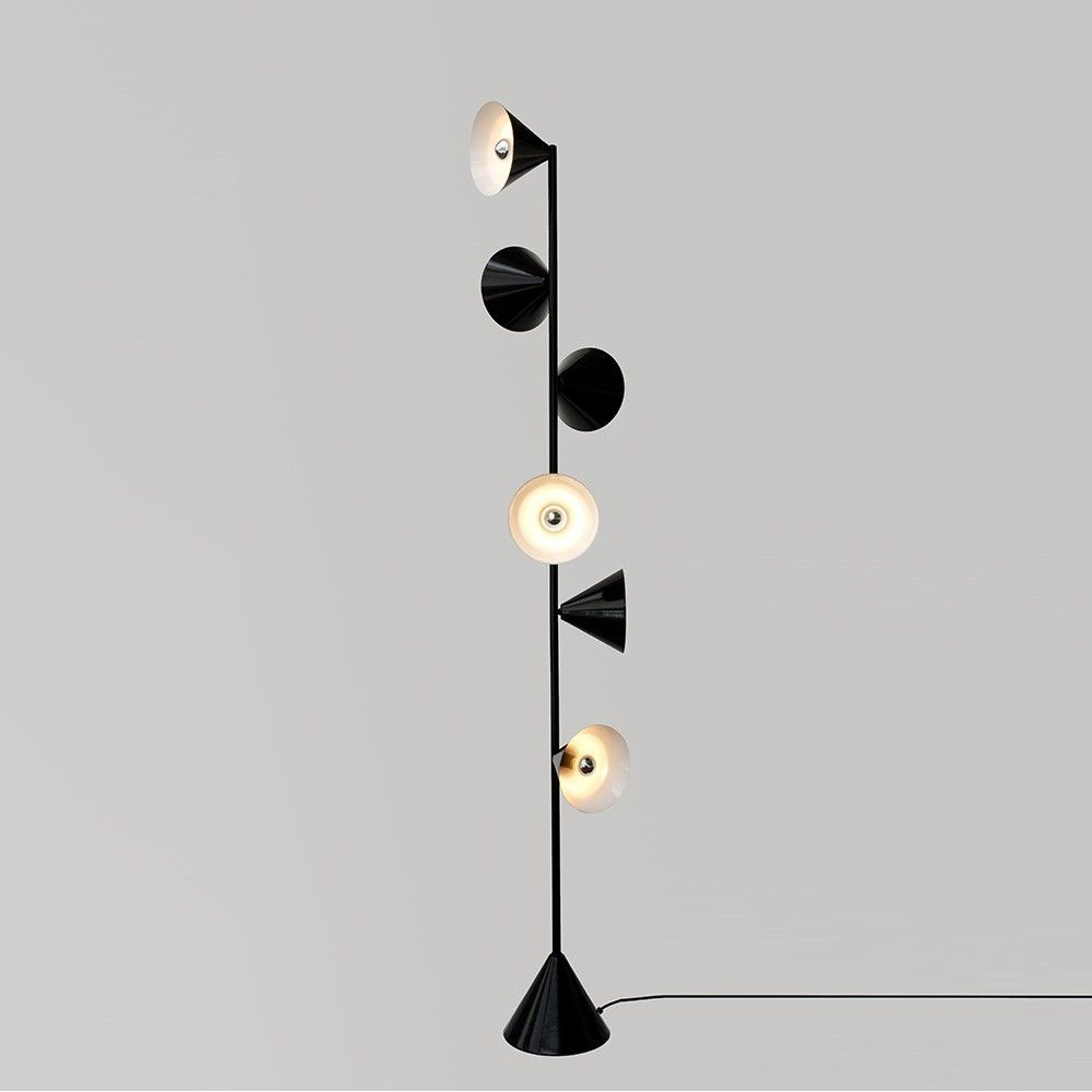Vertical 1 floor light Atelier Areti