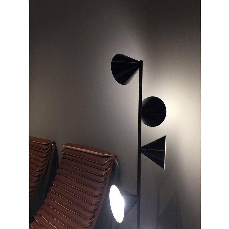 Lampadaire Vertical 1 Atelier Areti photo salon du meuble