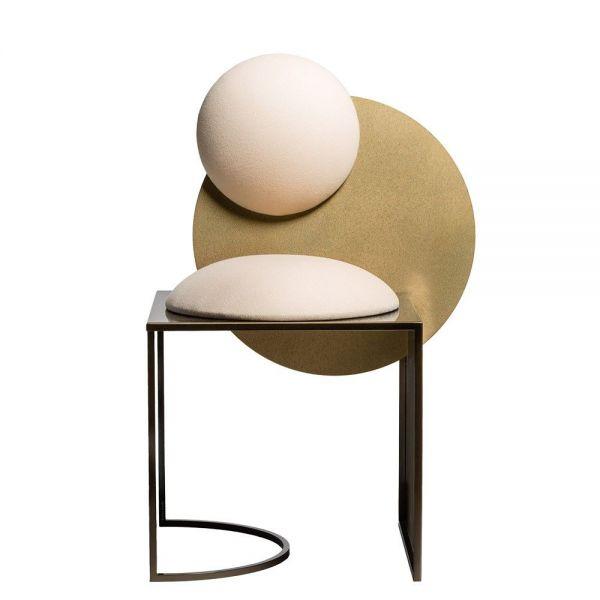 chaise celeste fond blanc by bohinc studios