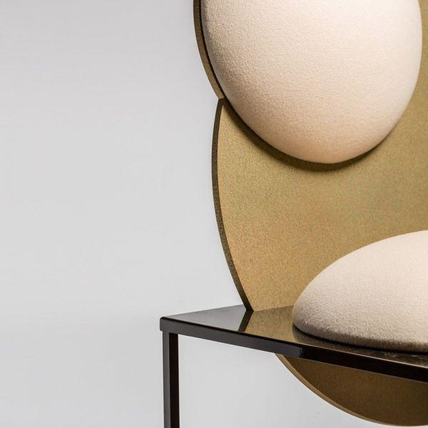 chaise celeste vue d'un angle by bohinc studios