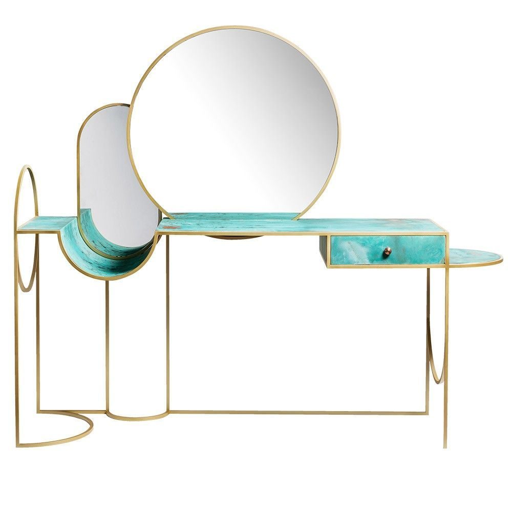 console celeste fond blanc by bohinc studio