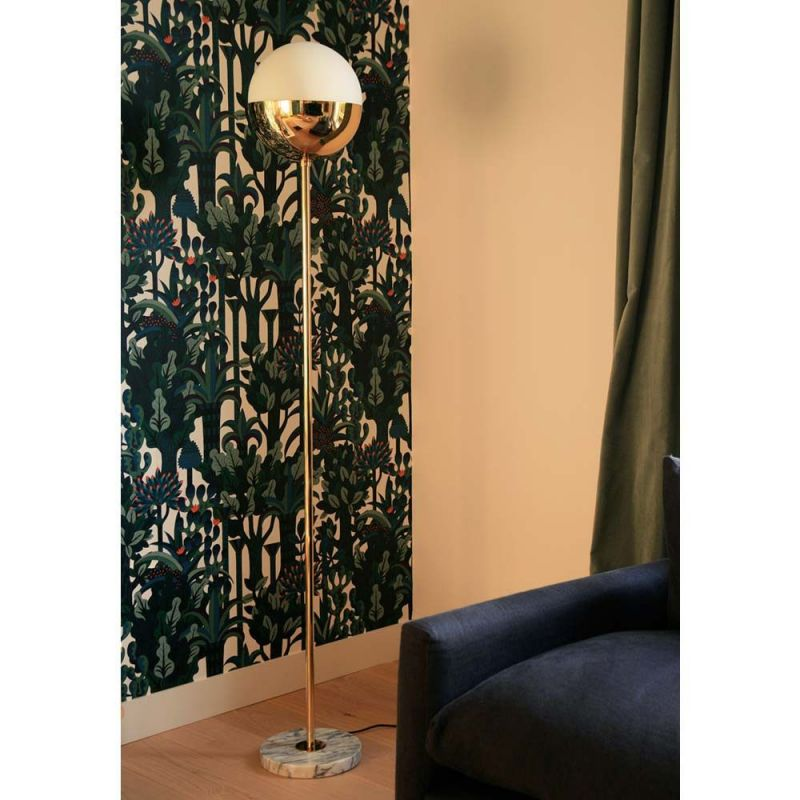 floor lamp 1 in a room by magic circus