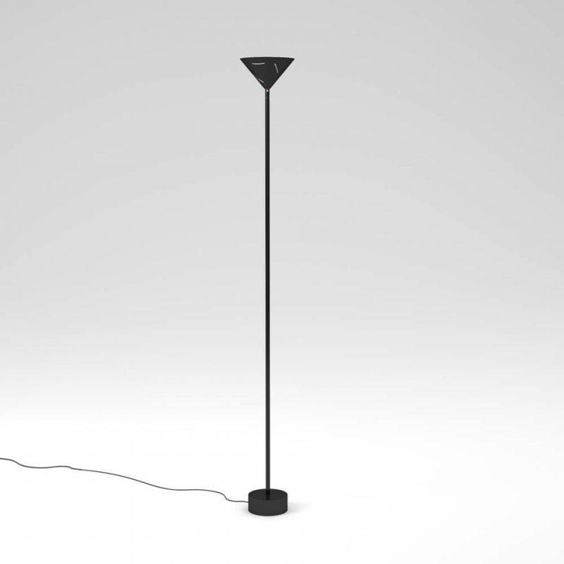 silver floor lamp white background by atelier Areti