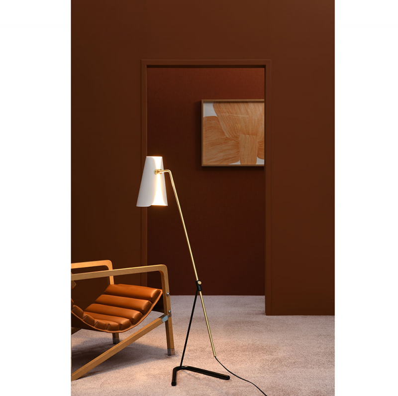 G21 floor lamp in a room by sammode