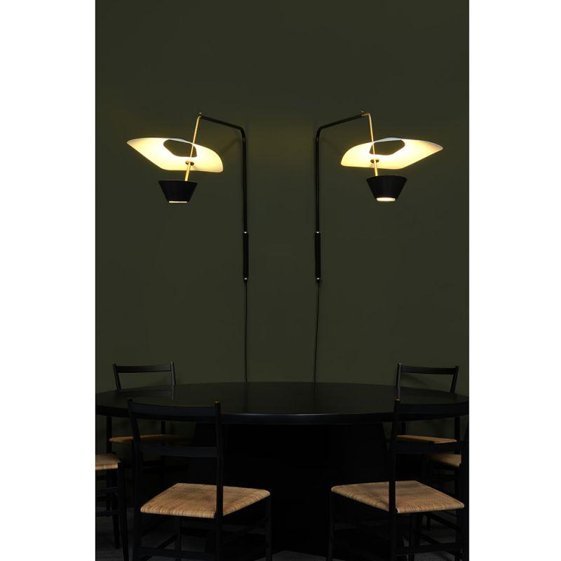 G25 wall light, Sammode green background