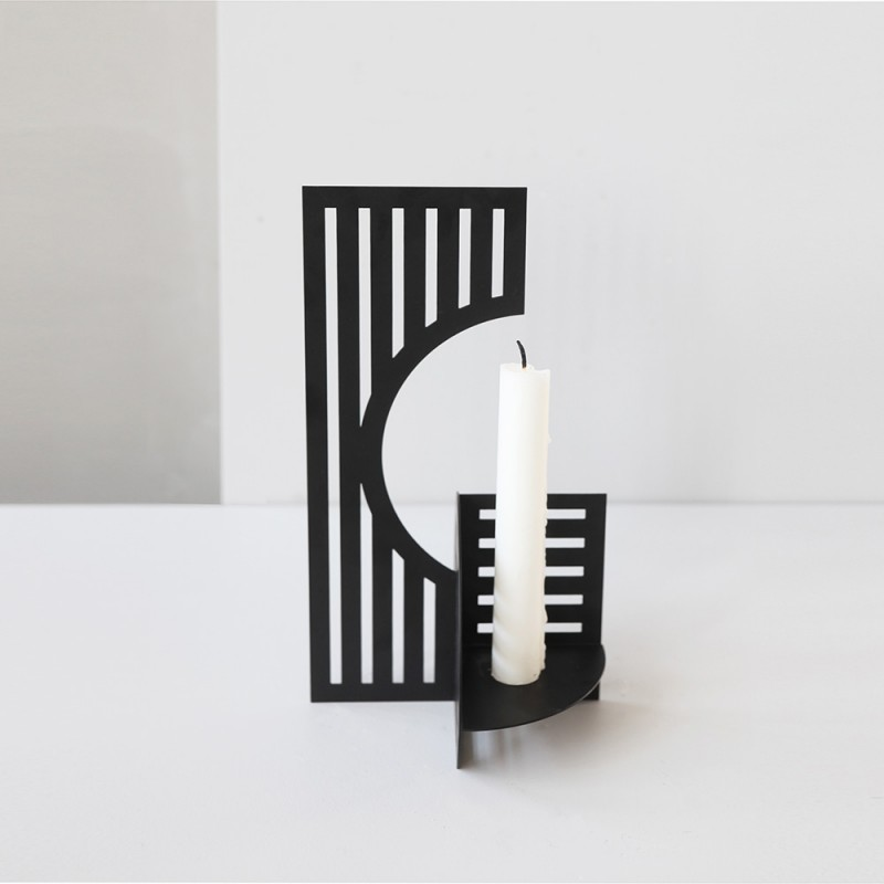 Dash candlestick by Kristina Dam