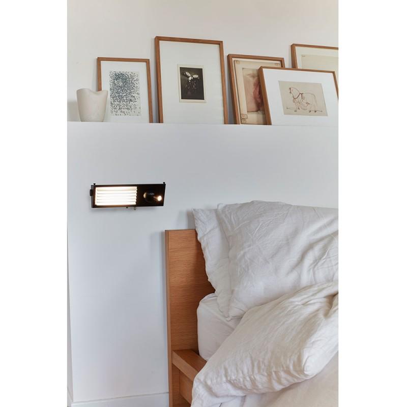 applique de tête de lit in a bedroom by dcw editions