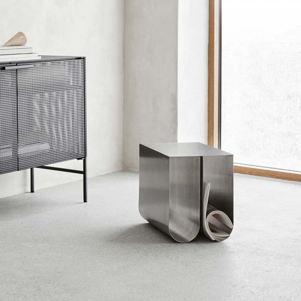TABLE D'APPOINT CURVED by Kristina Dam