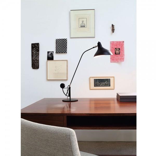 Mantis BS3 table lamp on desk