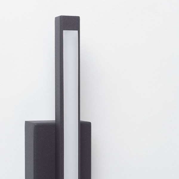 Line Wall Lamp Black
