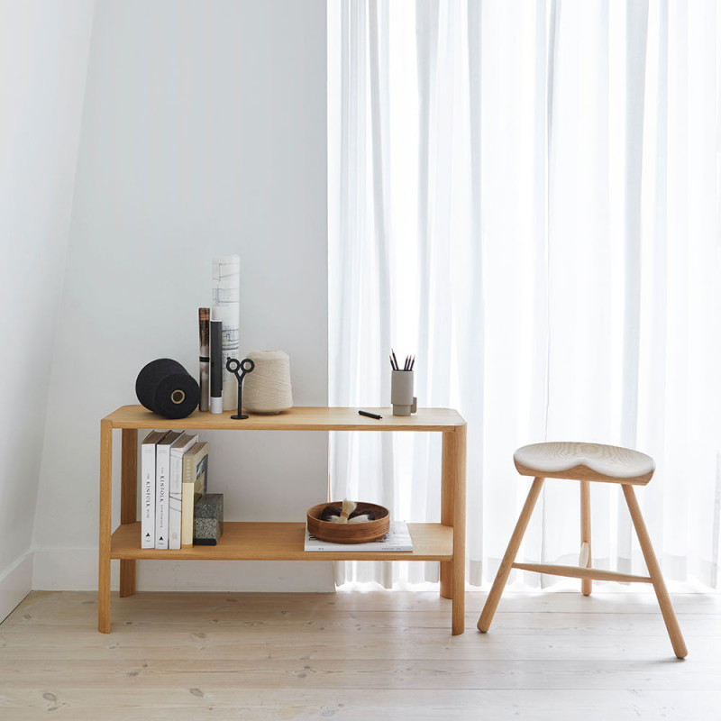 Etagere shelf 1x2 by Form and Refine
