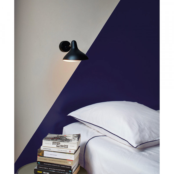 Mantis BS5 wall light by DCW Editions