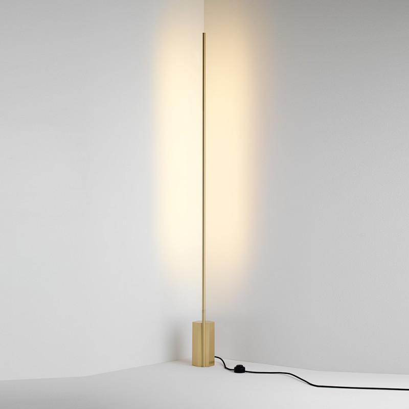 Link floor lamp CVL Luminaires, brass.