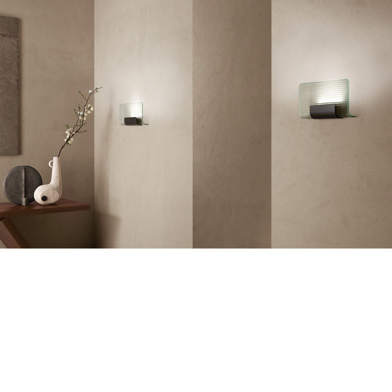 Nami wall light