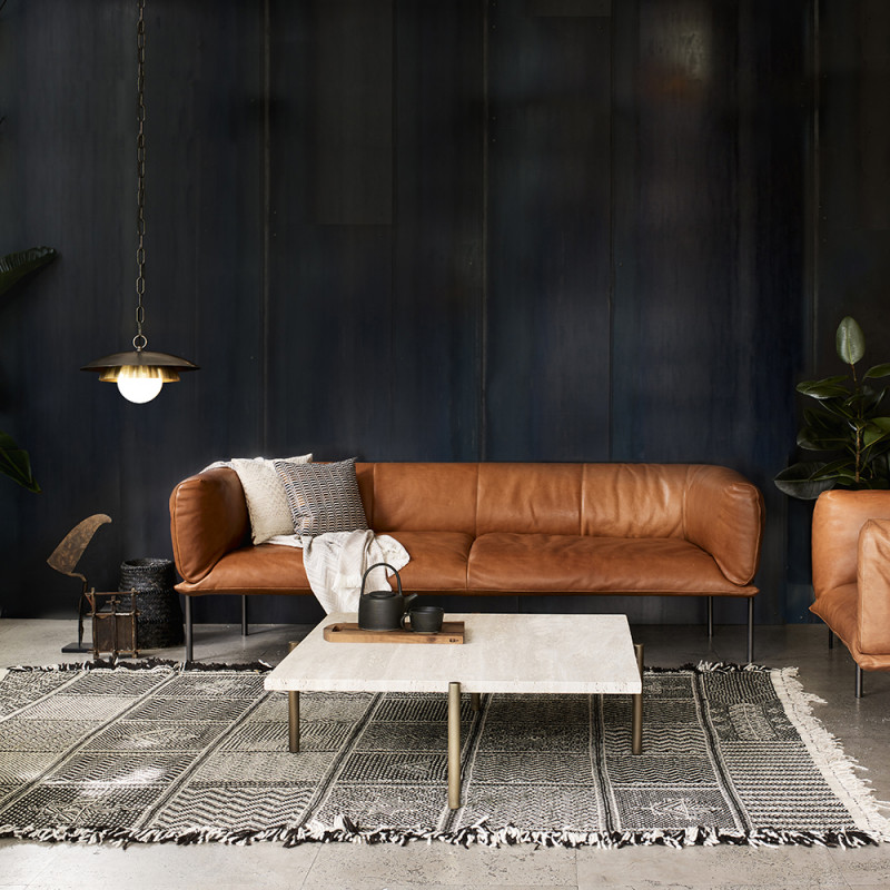Carapace pendant bar in the livingroom