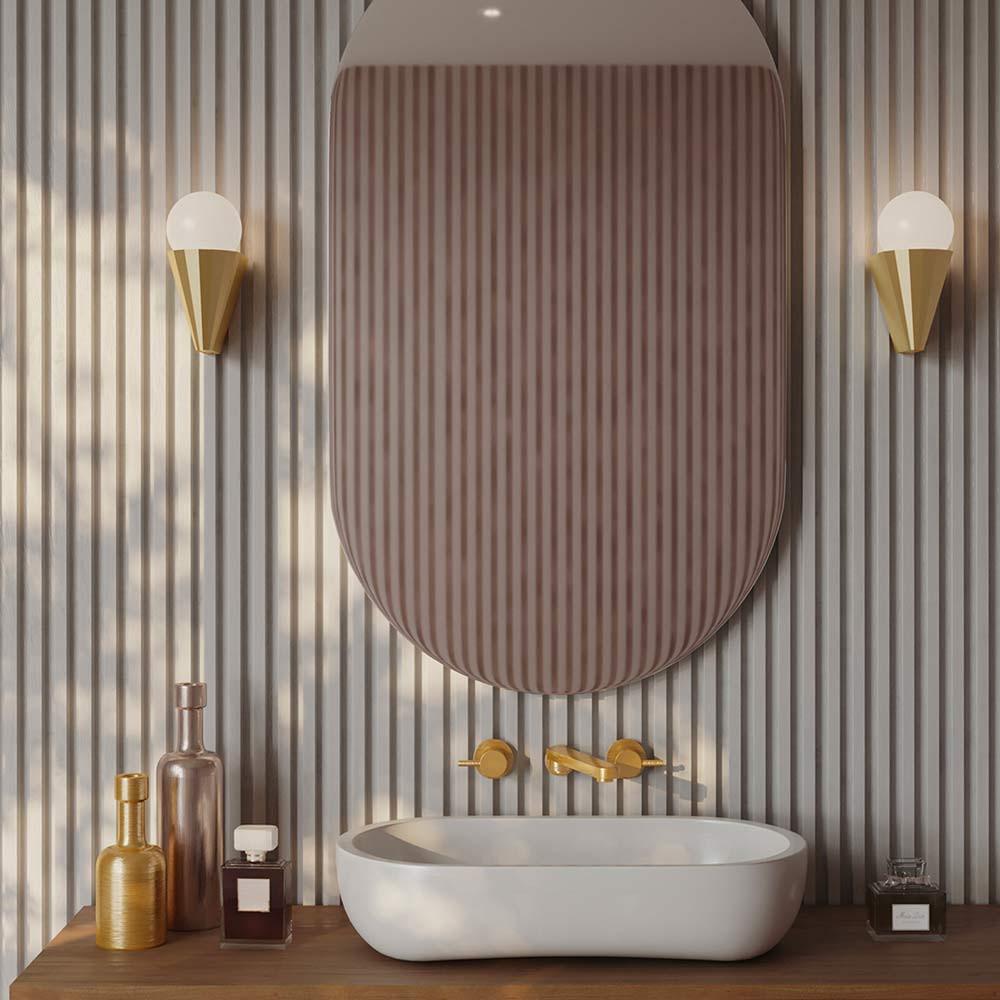 Applique Cornet laiton dans la salle de bain CVL