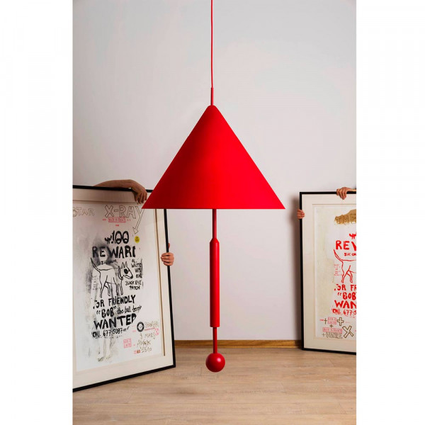 Suspension object of discussion rouge et 2 tableaux