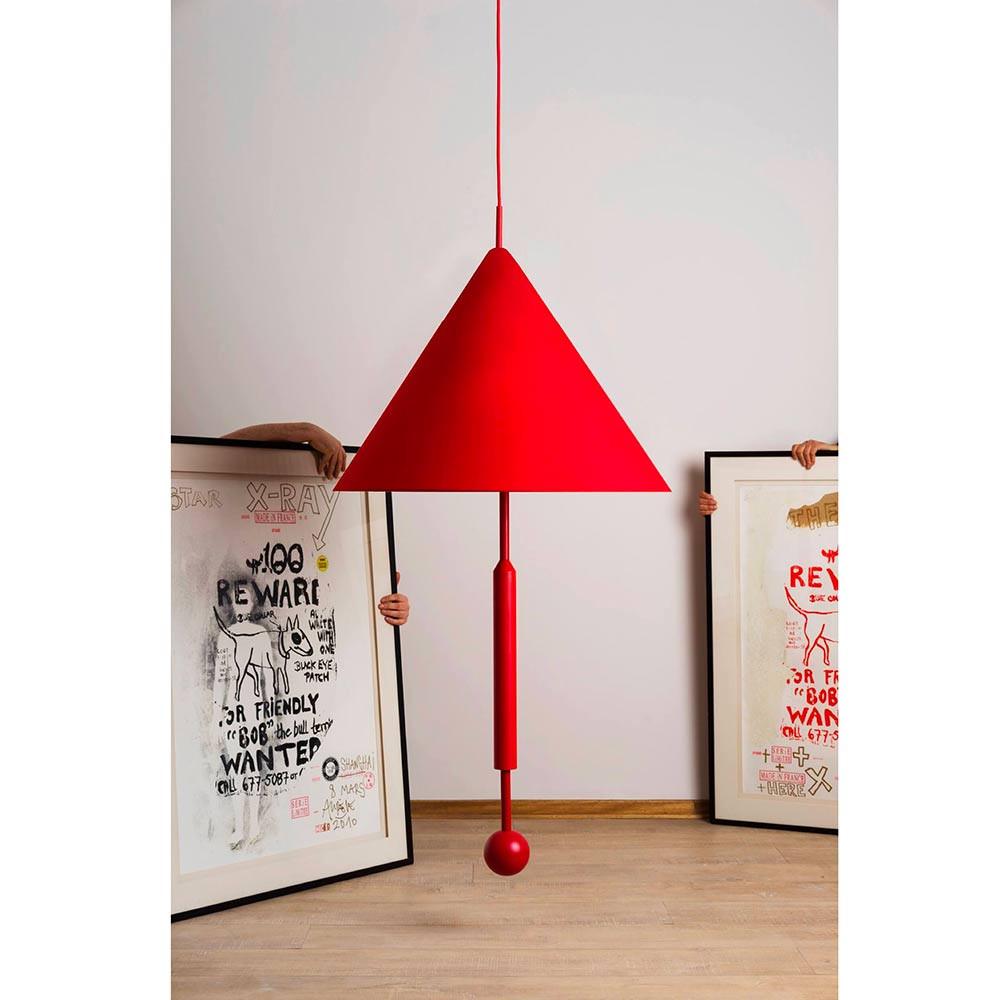 Suspension object of discussion rouge et 2 tableaux