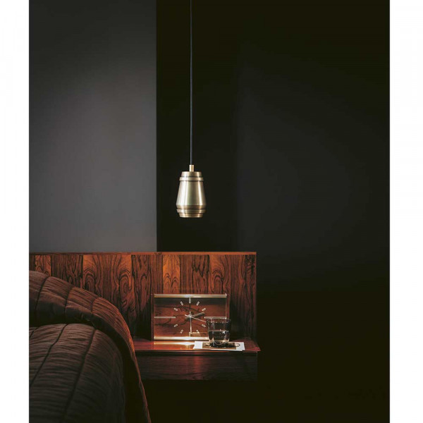 Suspension Cask dans le salon by Bert Frank