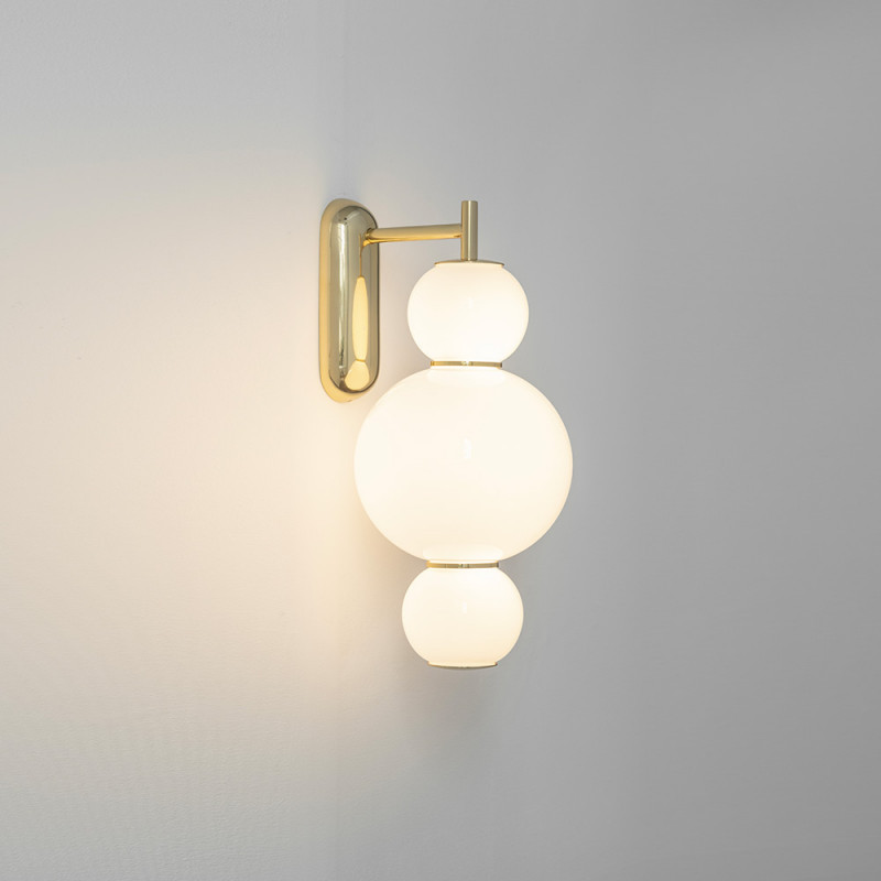 Pearls wall light A by Formagenda brass