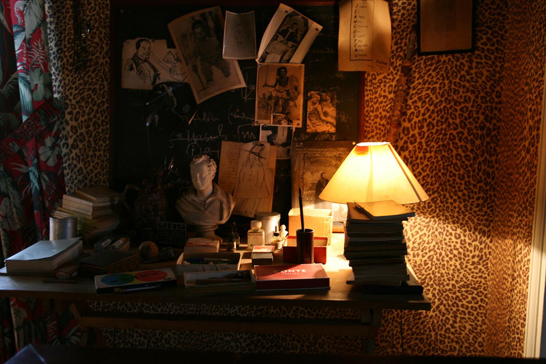 jean cocteau milly la for t chiara colombini. Black Bedroom Furniture Sets. Home Design Ideas